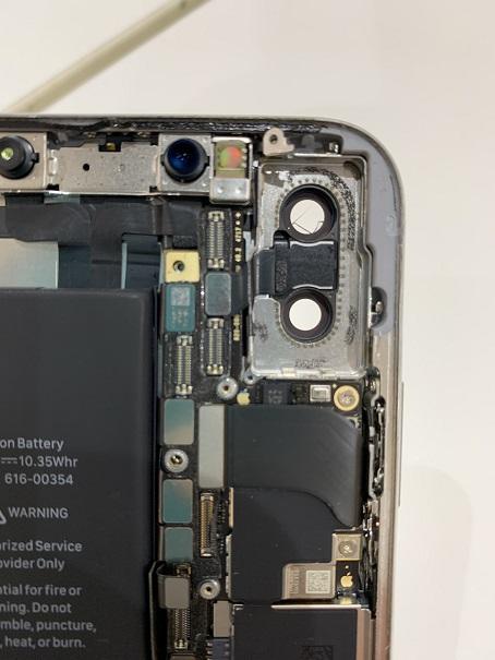 iPhoneX  カメラレンズひび割れ