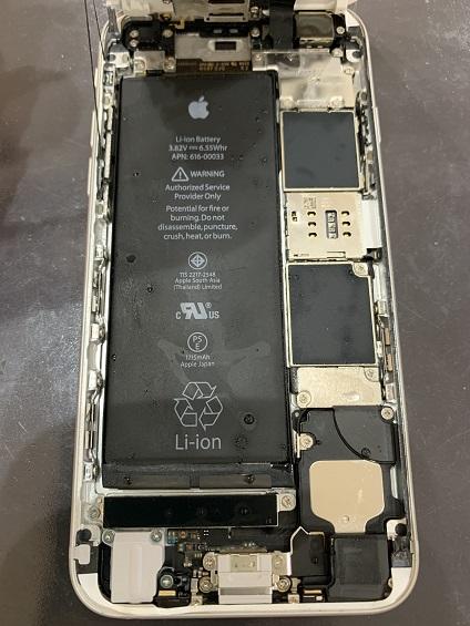 iPhone6s 水没 分解中