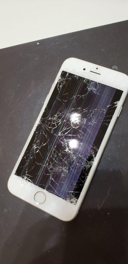 iPhone7 液晶交換修理前