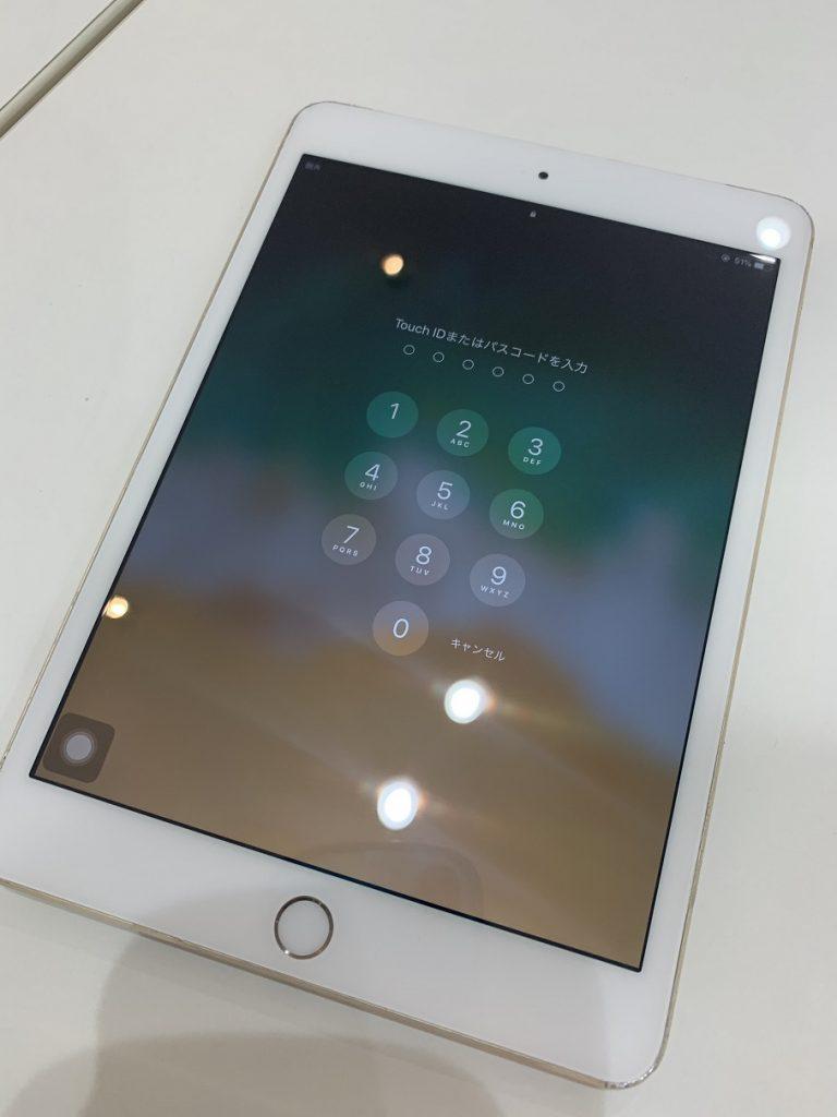 iPad mini3 ガラス割れ 修理後