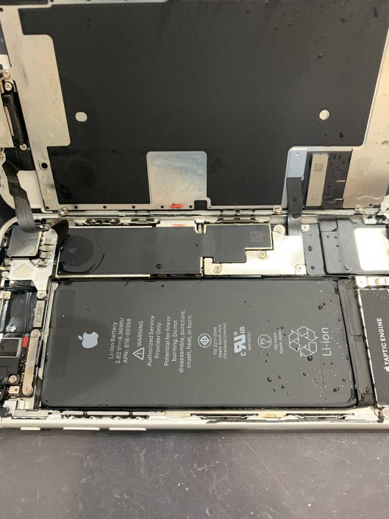 iPhone8 水没 分解