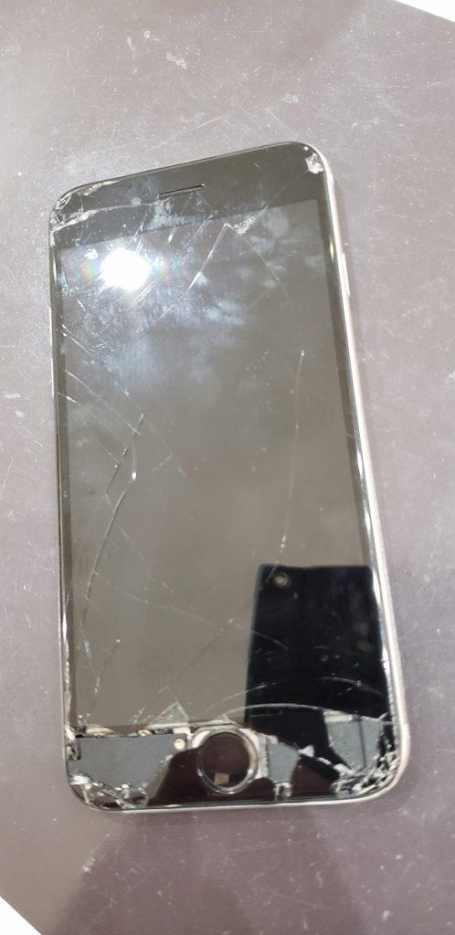iPhone6s 液晶交換修理前