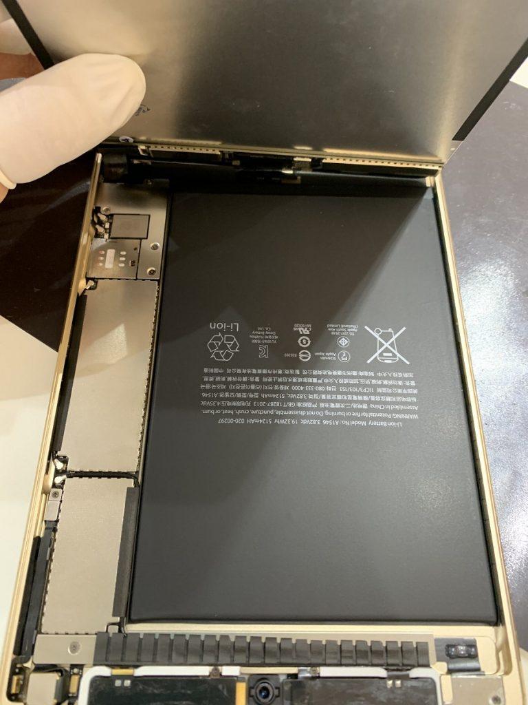 iPadmini4 分解中