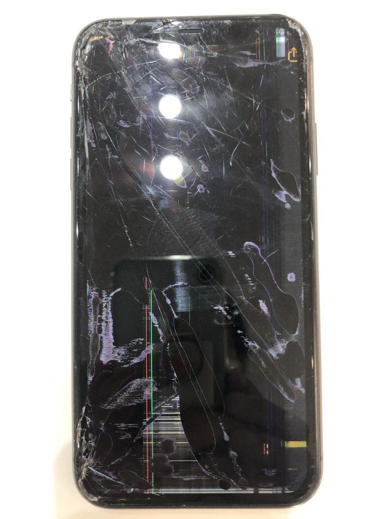 iPhone11 画面割れ修理