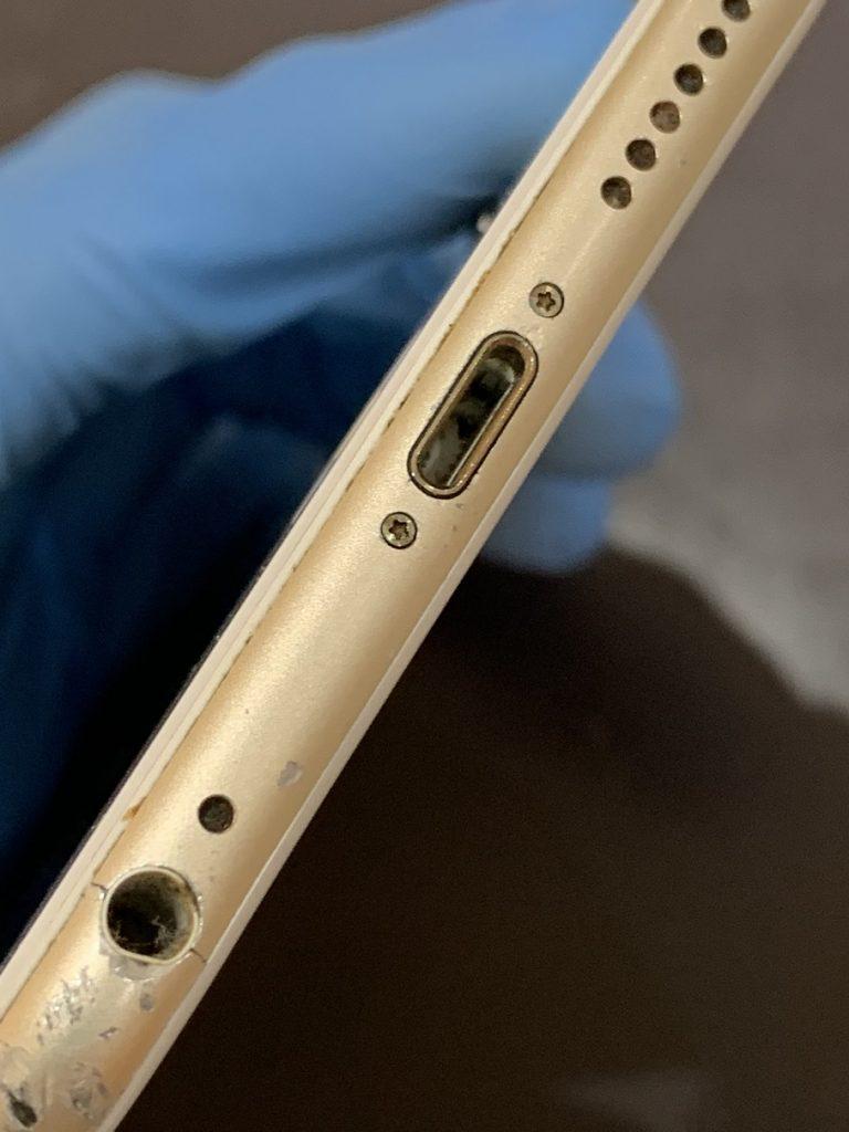 iPhone6 充電口 異物 詰まり 除去後