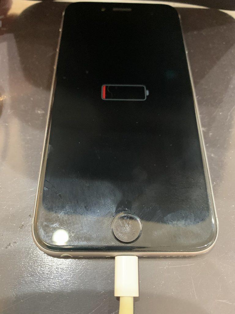 iPhone6 バッテリー 充電切れ 起動しない