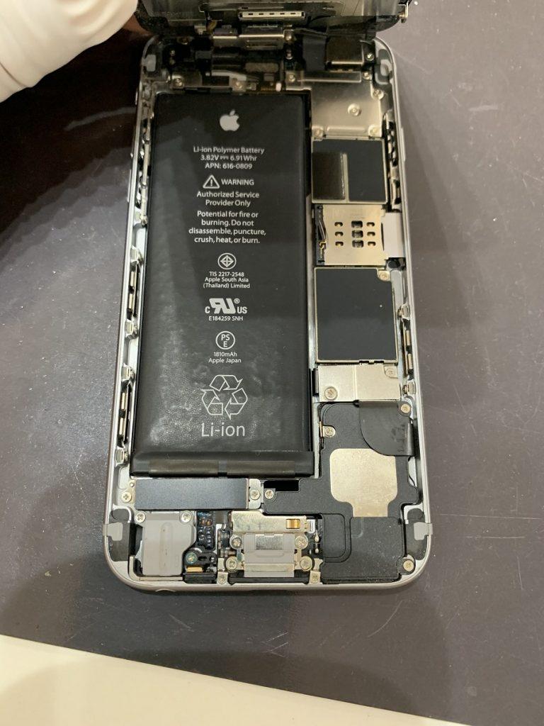 iPhone6 バッテリー劣化 膨張 ぼこぼこ