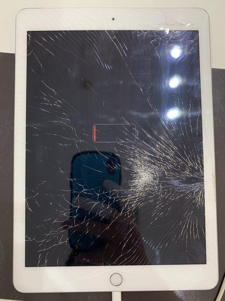 iPad5 ガラス割れ 充電切れ