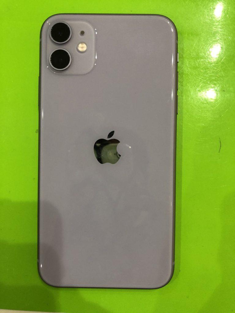 iPhone11背面