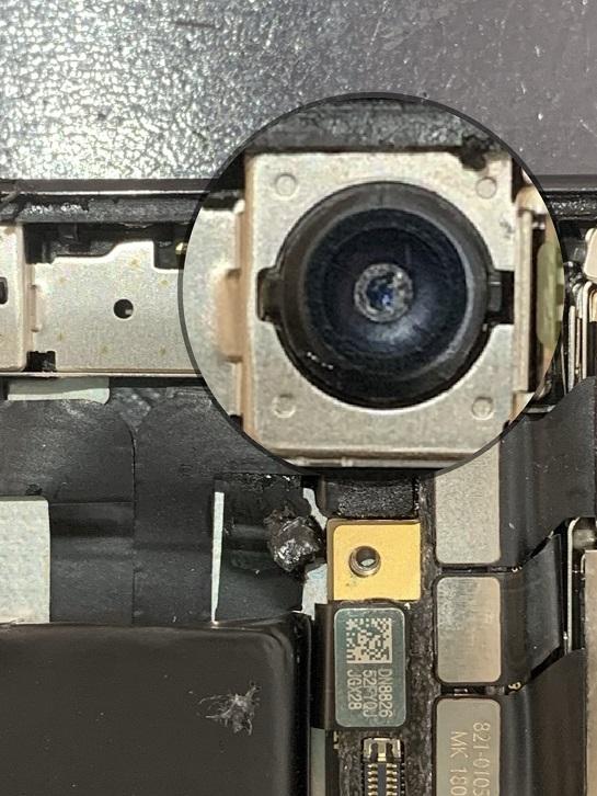 iPhoneX フロントカメラ 直接確認 割れている