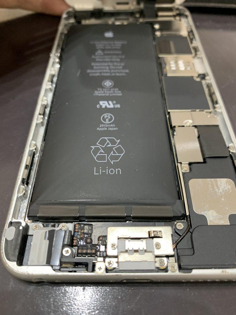 iPhone6Plus 画面浮き 原因調査中