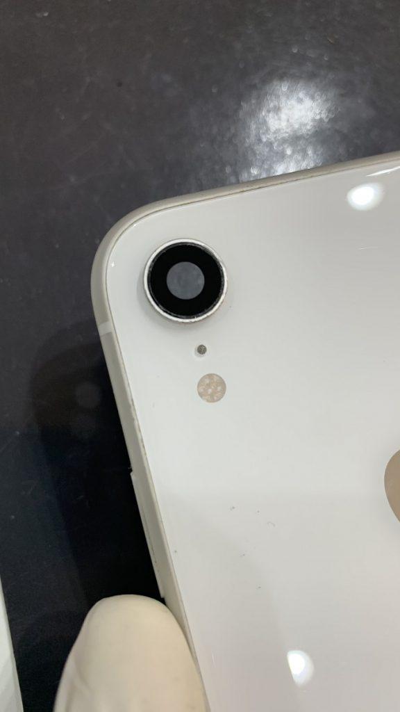 iPhoneXR 新しいレンズ接着