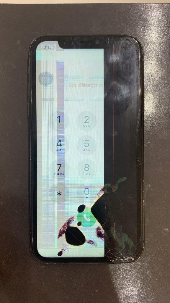 iPhone11 液晶破損 ガラスひび割れ