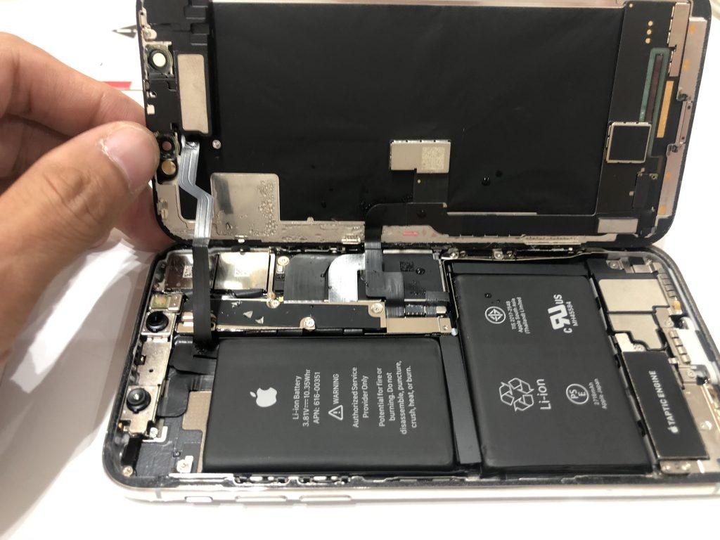 iPhoneX 液晶交換修理 水の侵入