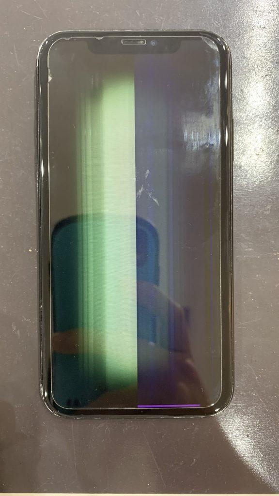 iPhoneXR 液晶 修理前 ノイズ