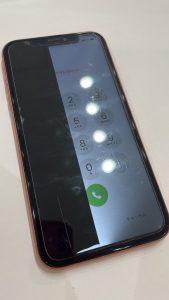 iPhoneXR 液晶 影あり