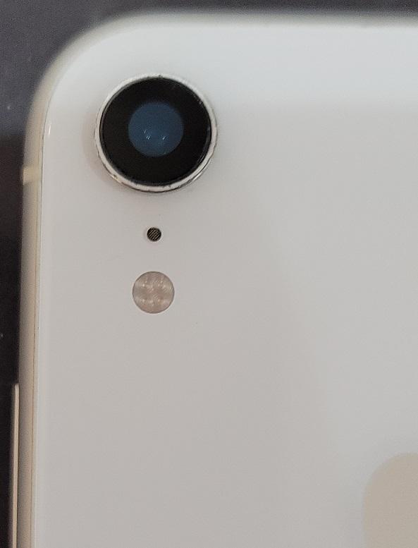 iPhoneXR カメラレンズ