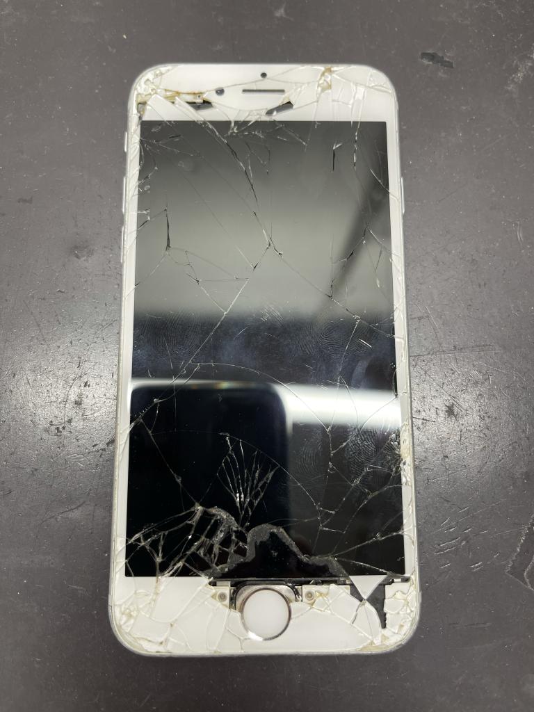 iPhone6s画面交換前全体